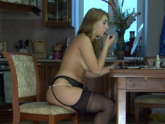 Curvy hottie wearing black seamed stockings flashes her tasty ass cheeksvideo