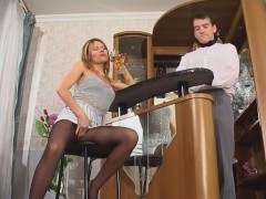 Hot barman ready to suck every babe's finger right through her black tightsvideo